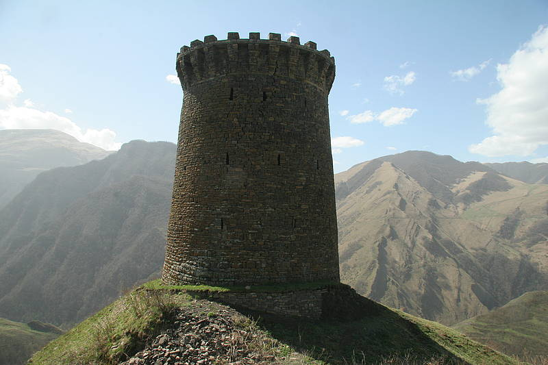 Круглая боевая башня селения Хуштада