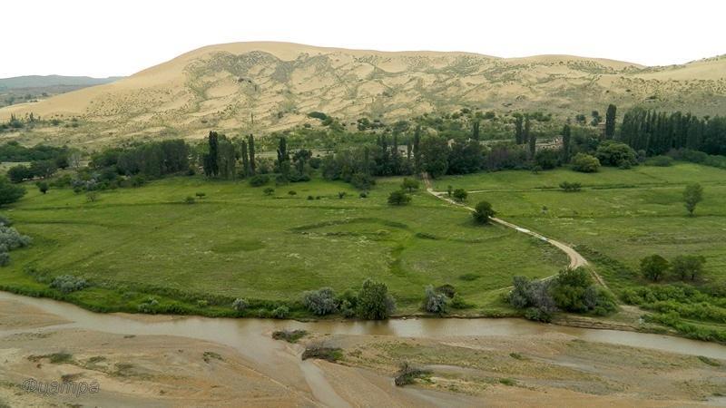 Бархан Сары-кум. Дагестан
