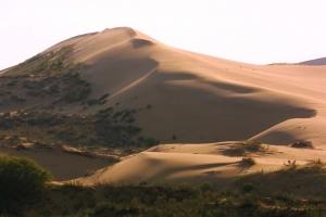 Бархан Сарыкум - загадка Дагестана